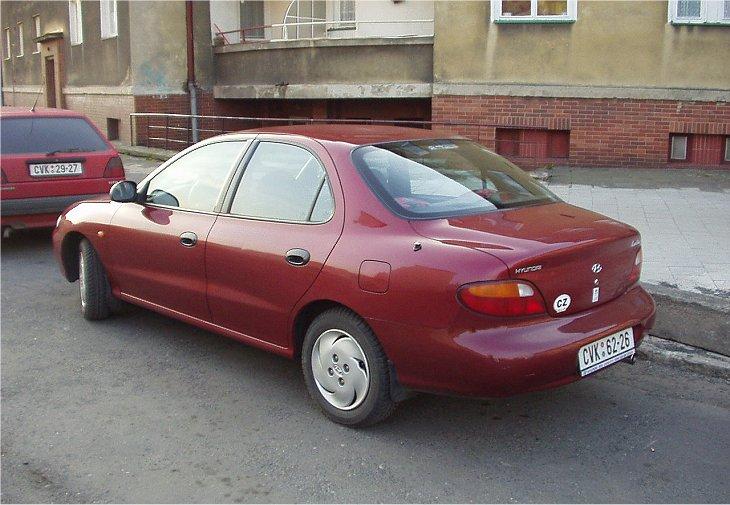 Hyundai Elantra, второе поколение