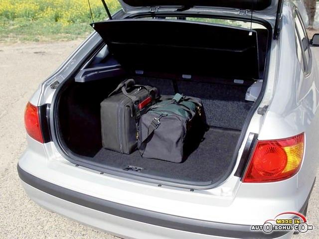 Hyundai Elantra, третье поколение, рестайлинг