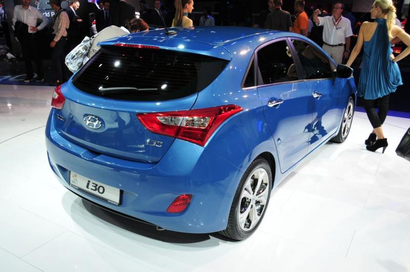 Вид сзади новый Hyundai i30